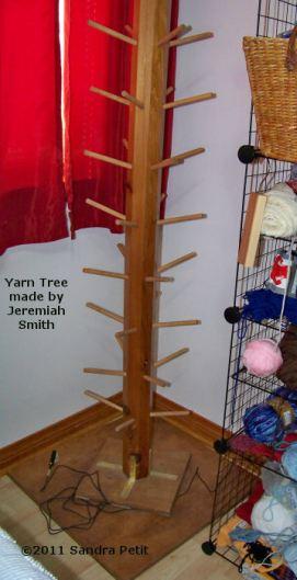 yarn-tree-closeup
