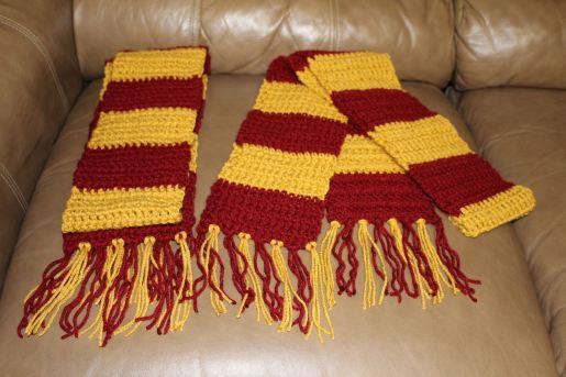 gryffindor harry potter hogwarts scarves
